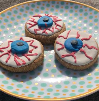 3 Pack - Gourmet Dog Cookies in Spooky Eyeball Shape - SHIPS FREE!
